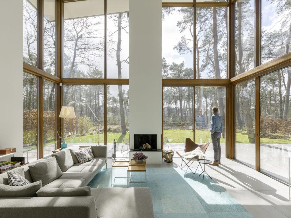 interieur modern woonhuis in de bossen in zeist