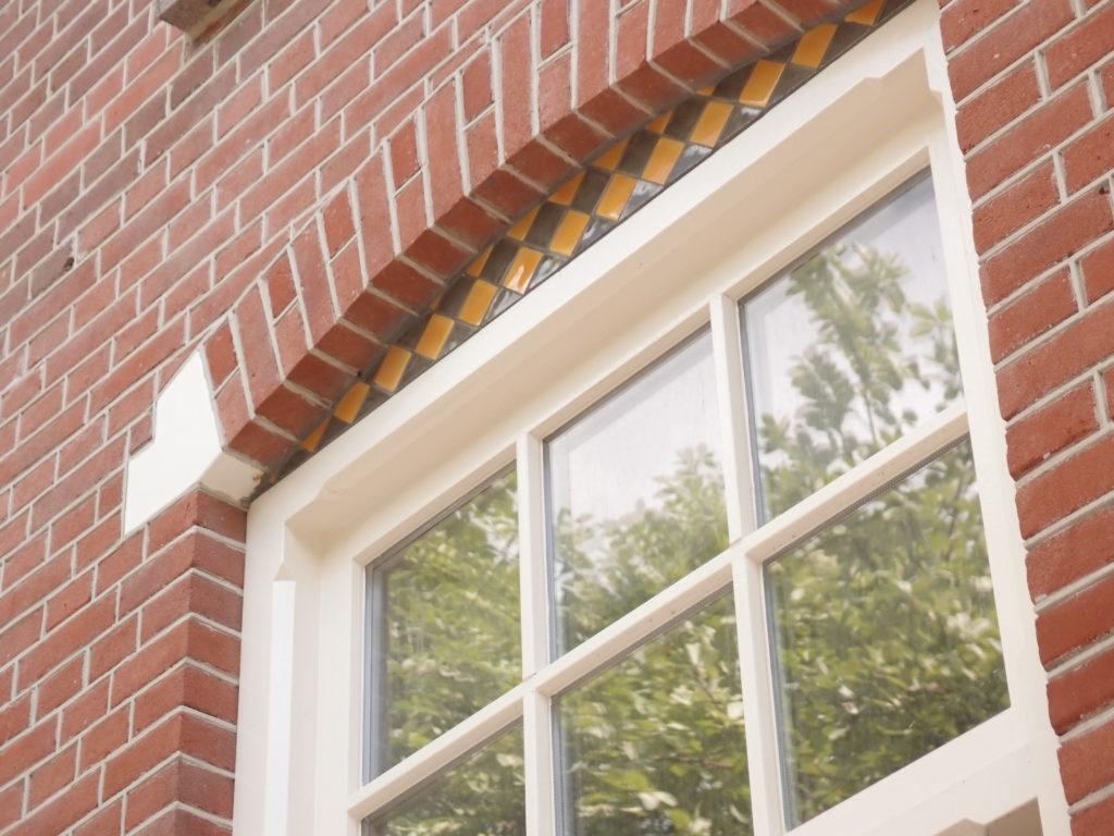 detail van het verbouwde woonhuis in amsterdam